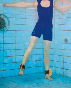 TheraBand Aquafins